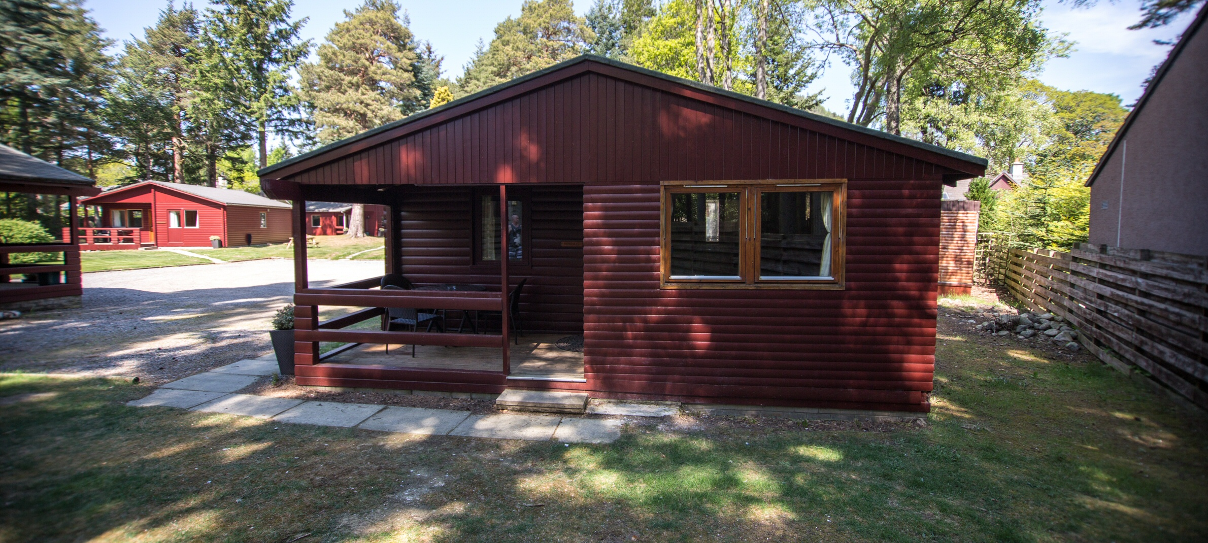 <h2>7 self-catering lodges in the heart of Ballater and Royal Deeside - Birkhall</h2><div class='slide-content'></div>